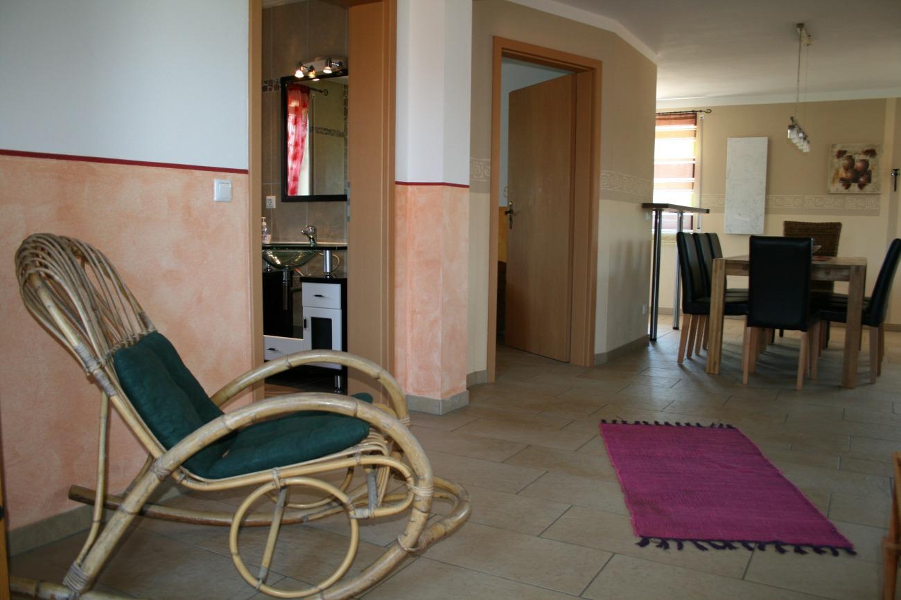 Ferienvilla-Seenland_Apartment-Seeblick_OG_05